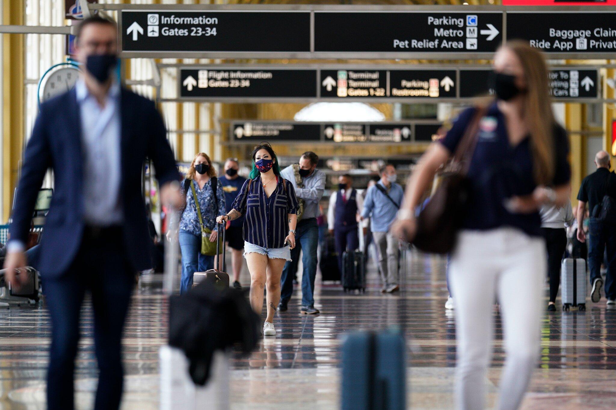 Así es como los viajes de los feriados de vacaciones en los EE. UU. Serán diferentes al 2020